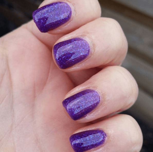 What does your nail polish color reveal about you?