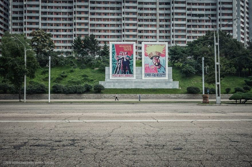 The Harsh Reality Of North Korea Revealed In Illegal Photographs