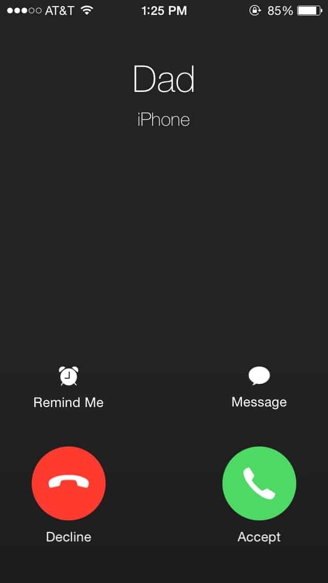 This is Why You Get Two Choices When Answering a Call On iPhone