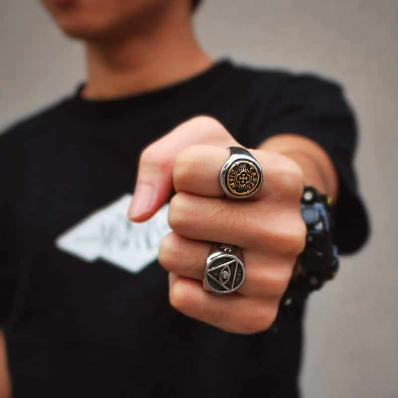 man and rings